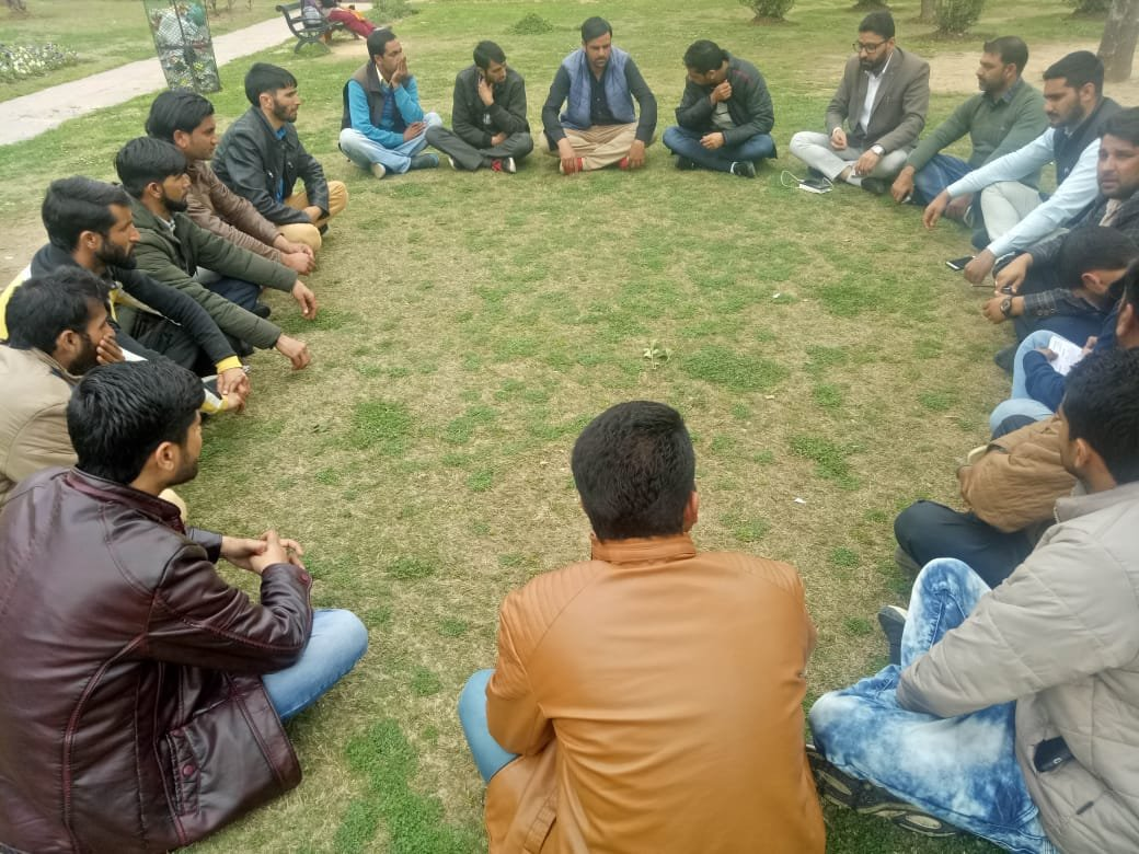 *Jammu Kashmir People's Movement ist meeting held in Rajouri*  HAWA badle ge Slogans roared in Rajouri  *People at large joined and appreciated Shah Faisal Vision*