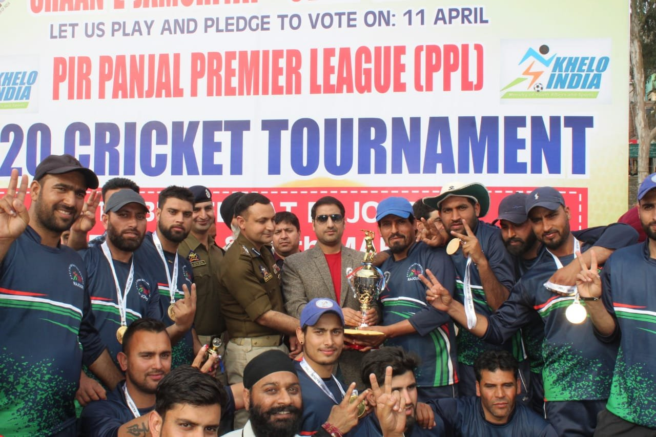 *Pirpanjal Premier League (PPL) cricket tournament concludes at Rajouri*   _Poonch Elevens emerge as champions in the final match_ .