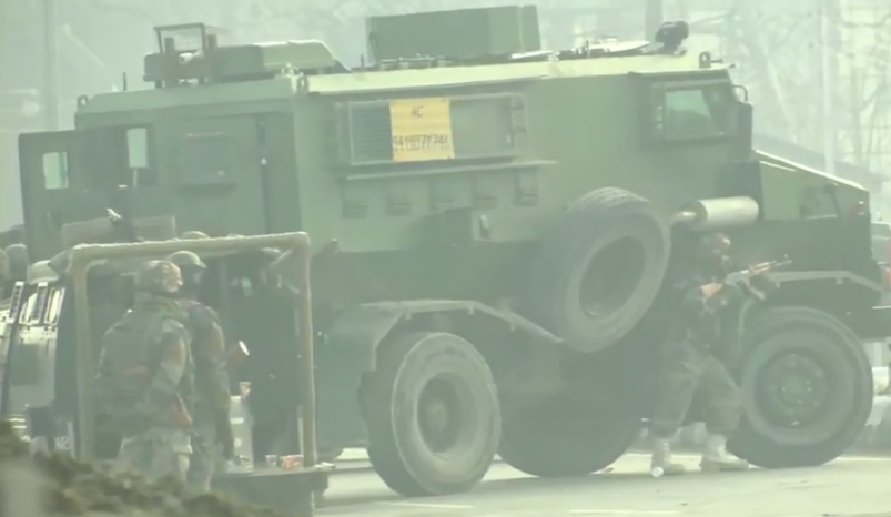 Day 02 Srinagar Gunfight: 03 militants killed: IGP Kashmir