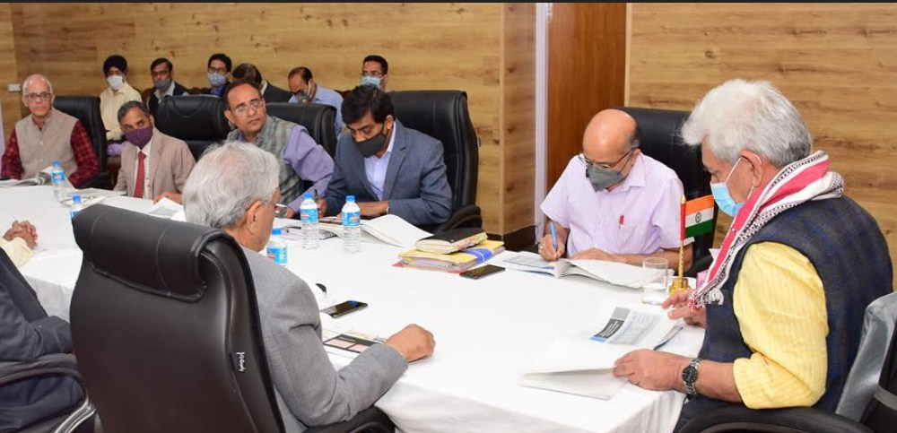 Lt Governor chairs 3rd high level meeting of power sector experts to revamp power supply in J&K