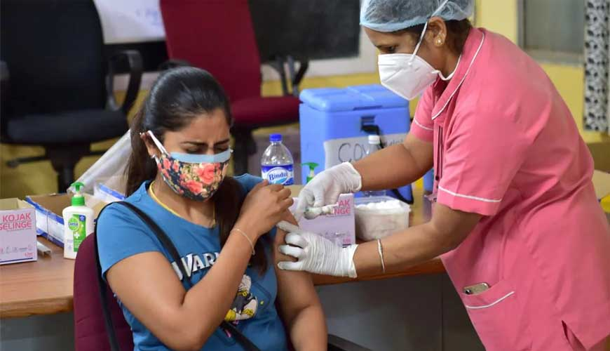 India logs 42,625 new COVID cases, 562 deaths; active cases at 4,10,353