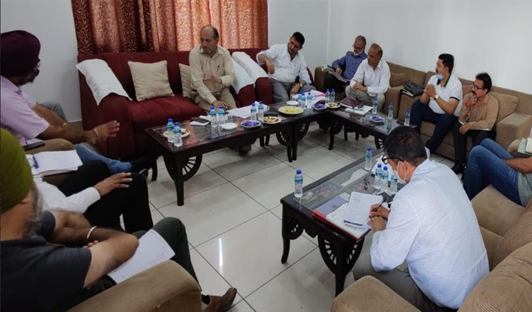 Chief Engineer R&B Jammu reviews performance of department in Rajouri, Poonch districts